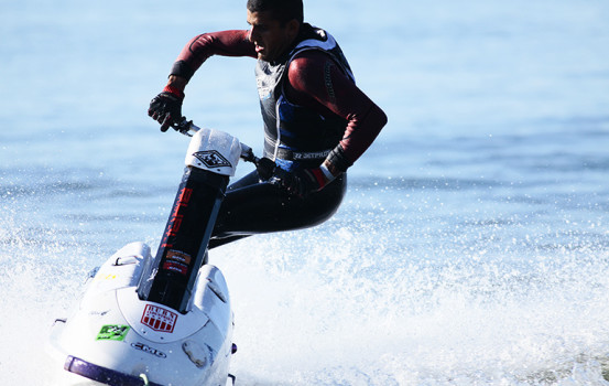 Alessandro Silva intensifica treinos para disputa do 15º JET WAVES WORLD CHAMPIONSHIP