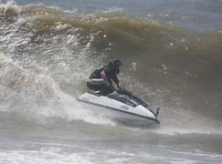 Martins aposta no surf para ter boa performence no 15º JET WAVES WORLD CHAMPIONSHIP